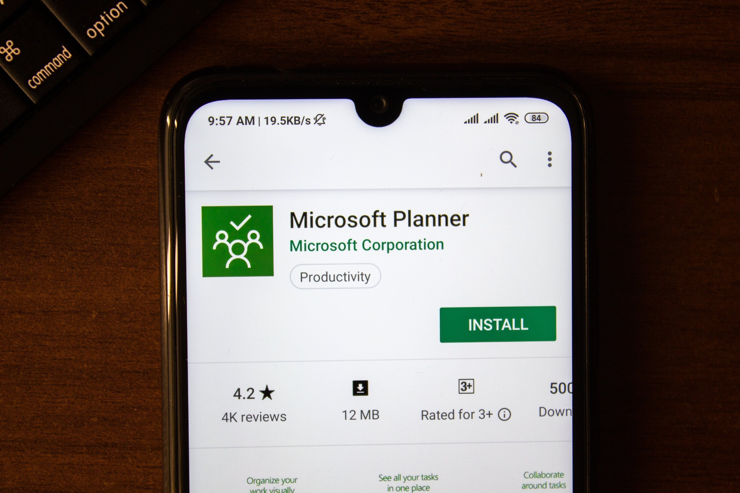 Organize Your Teamwork More Effectively with Microsoft Planner